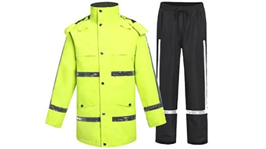 在靖江有哪些做反光雨衣的厂家?靖江振弘反光服厂家!